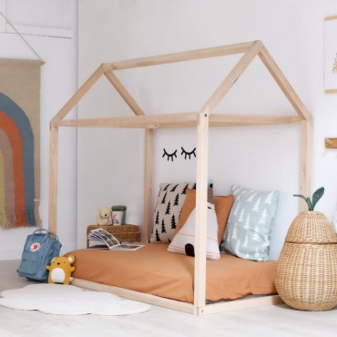 Cama casita Montessori...