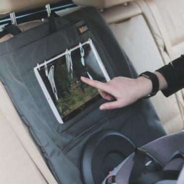 Protector de asiento con funda de tablet Besafe