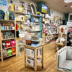 Hoy nuestras tiendas están abiertas en su horario habitual 😉 Te esperamos! 🤗 #mimamieslista #depapásparapapás #experienciamimami #puericulturaresponsable