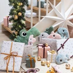 Cosas bonitas para regalar... 🤍🤍🤍  #christmas #navidad #yavienenlosreyes #mimamieslamejor #depapásparapapás #experienciamimami #puericulturaresponsable